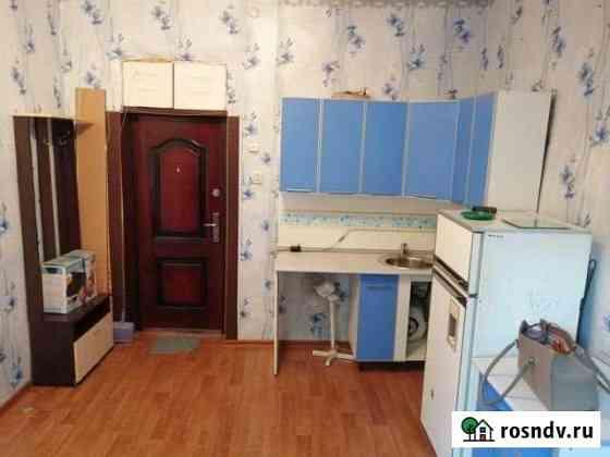 Комната 15 м² в 6-ком. кв., 2/2 эт. Омск