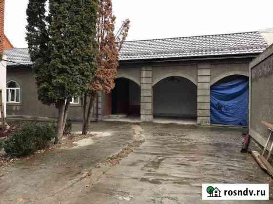 Дом 300 м² на участке 10 сот. Карабулак