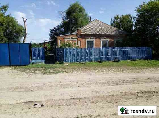 Дом 60 м² на участке 38 сот. Матвеев-Курган