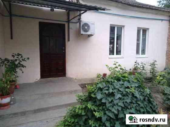 2-комнатная квартира, 38 м², 1/1 эт. Светлоград