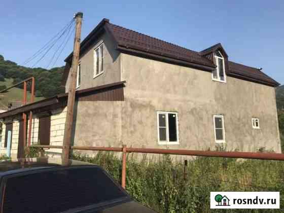 Дом 200 м² на участке 10 сот. Карачаевск