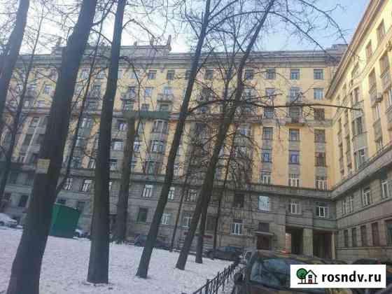 Комната 13 м² в 4-ком. кв., 2/7 эт. Санкт-Петербург
