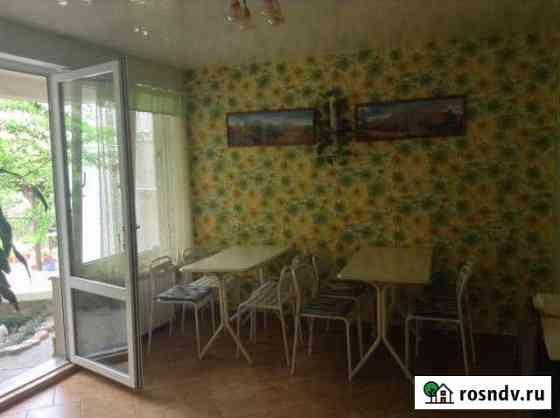 Комната 14 м² в 3-ком. кв., 3/3 эт. Сочи