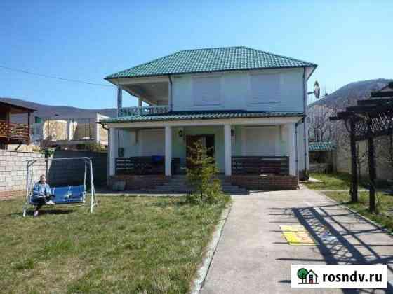 Дом 160 м² на участке 4 сот. Алупка