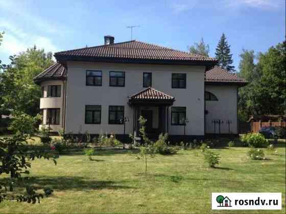 Коттедж 526 м² на участке 20 сот. Краснознаменск