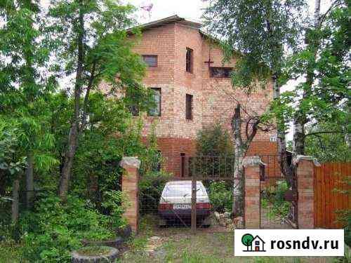 Дом 250 м² на участке 15 сот. Новопетровское