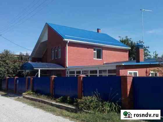 Дом 230 м² на участке 7 сот. Новотитаровская