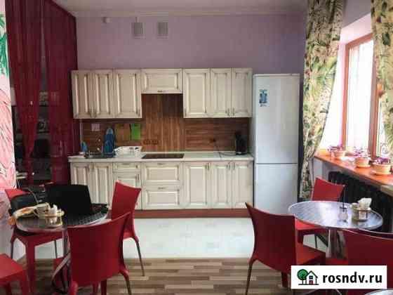 Комната 36 м² в 5-ком. кв., 2/2 эт. Ростов-на-Дону