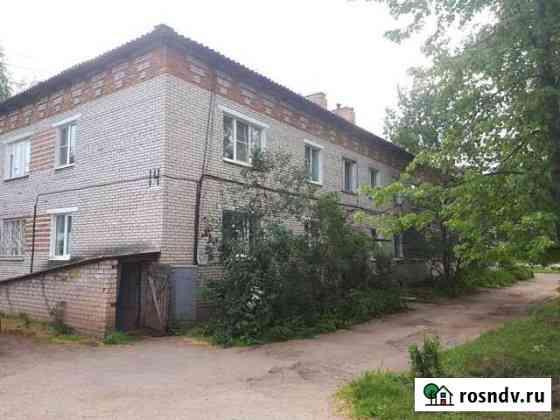 3-комнатная квартира, 58.3 м², 1/2 эт. Боровичи