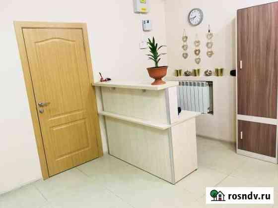 Комната 100 м² в 5-ком. кв., 1/3 эт. Сургут