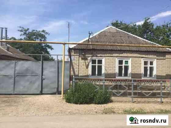Дом 62 м² на участке 7 сот. Зеленокумск