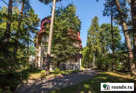 3-комнатная квартира, 104 м², 2/4 эт. Светлогорск