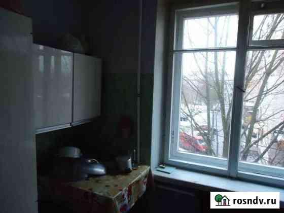 Комната 29 м² в 3-ком. кв., 3/4 эт. Петергоф