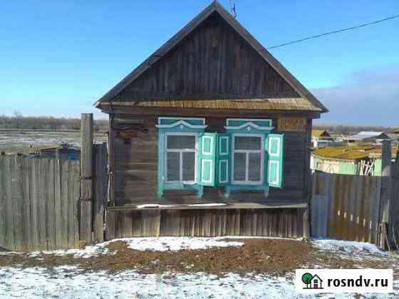 Дом 35 м² на участке 6 сот. Ахтубинск