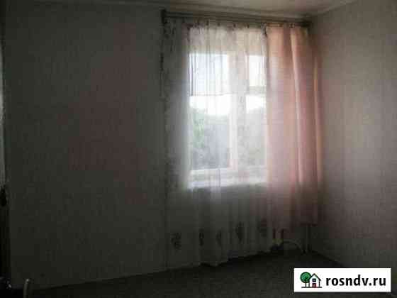 Комната 11 м² в 2-ком. кв., 2/2 эт. Волгоград