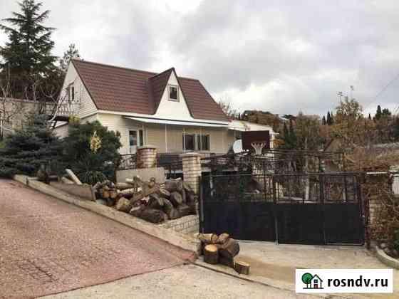 Дом 140 м² на участке 4 сот. Алупка