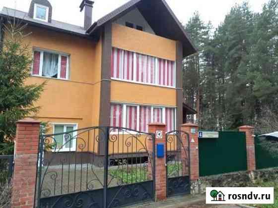 Дом 300 м² на участке 13 сот. Кременки
