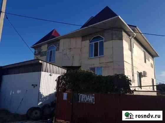 Дом 350 м² на участке 9 сот. Голубицкая