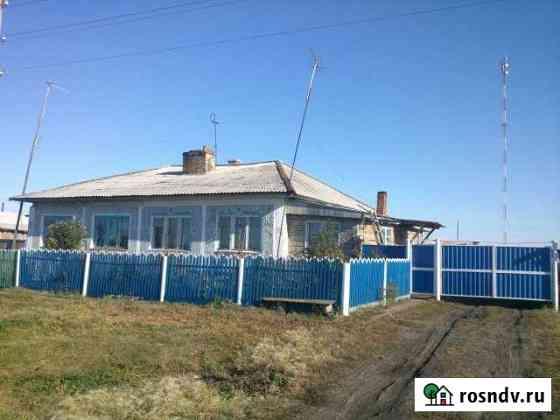 Дом 100 м² на участке 30 сот. Тюкалинск