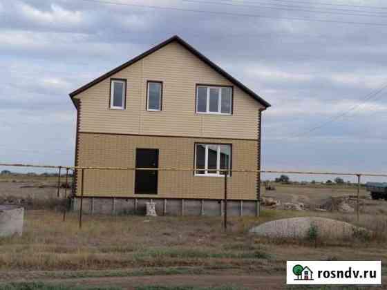 Дом 137 м² на участке 10 сот. Палласовка