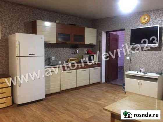 Комната 40 м² в 2-ком. кв., 1/1 эт. Крымск