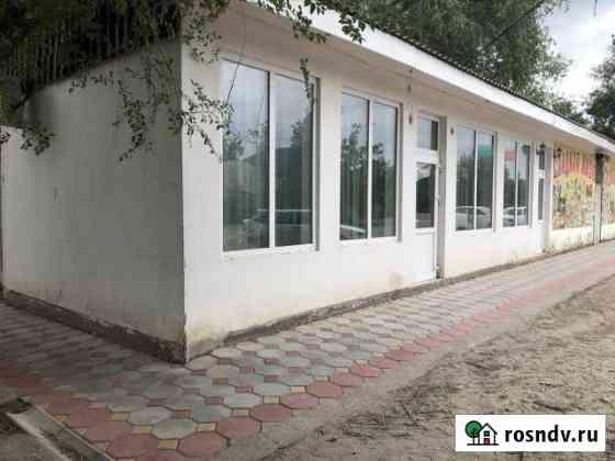 Магазин и летнее кафе в районе больницы Нефтекумск