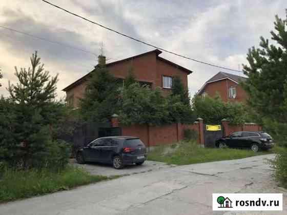 Дом 300 м² на участке 15 сот. Среднеуральск