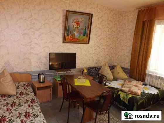 Комната 20 м² в 3-ком. кв., 2/2 эт. Оренбург