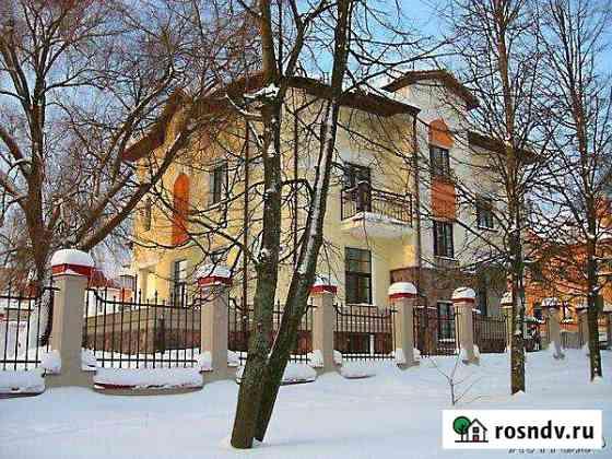 Дом 450 м² на участке 10 сот. Великий Новгород