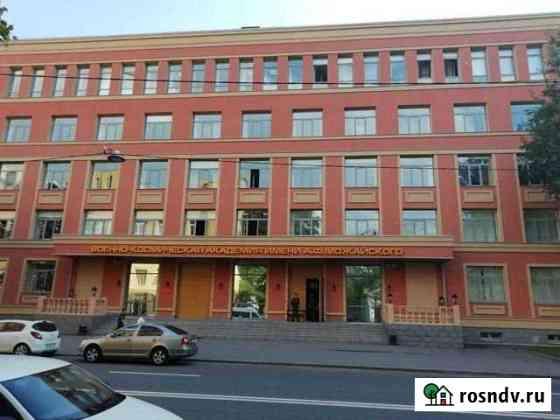 Комната 13 м² в 5-ком. кв., 2/2 эт. Санкт-Петербург