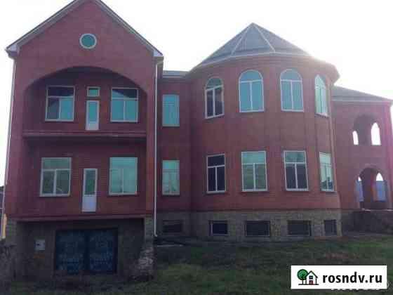Дом 1200 м² на участке 30 сот. Тбилисская