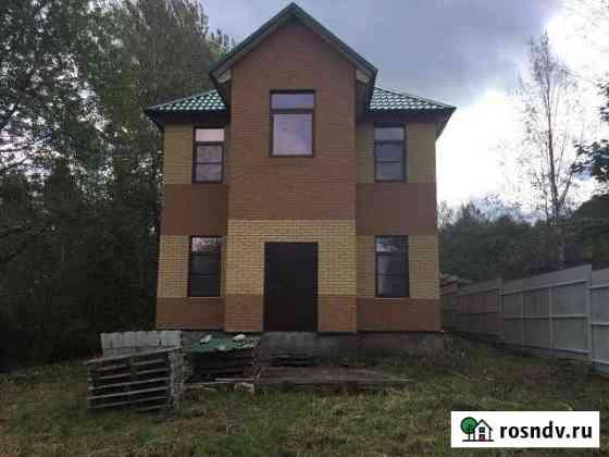 Дом 250 м² на участке 45 сот. Луга