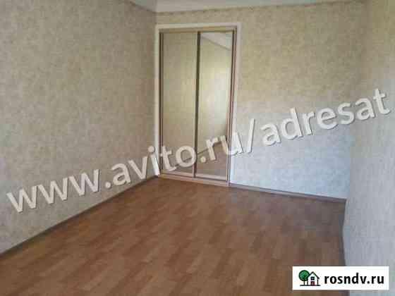 Комната 15.5 м² в 3-ком. кв., 2/4 эт. Волгоград