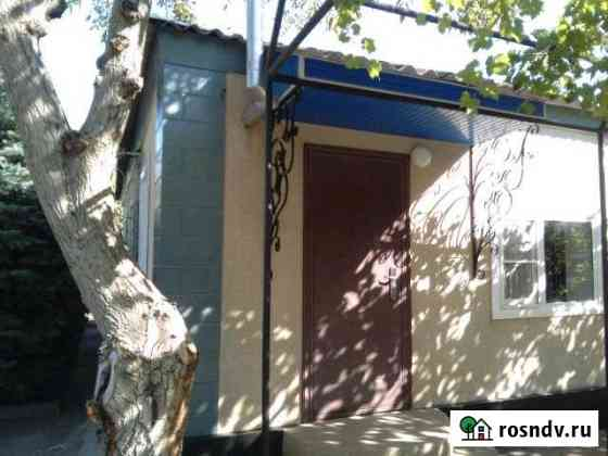 Дом 90 м² на участке 7 сот. Городовиковск