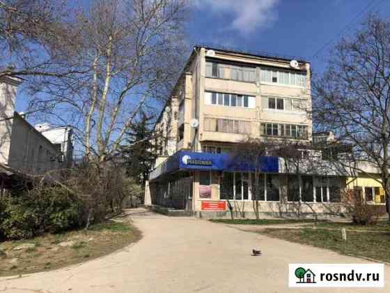 Первый этаж, 117м2, Острякова 97, возле Тарантино Севастополь