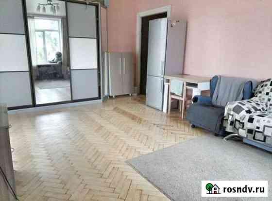 Комната 25 м² в 3-ком. кв., 4/5 эт. Санкт-Петербург