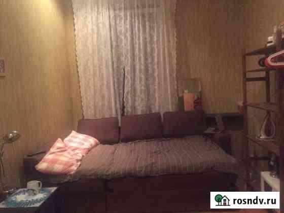 Комната 15 м² в 5-ком. кв., 5/5 эт. Санкт-Петербург