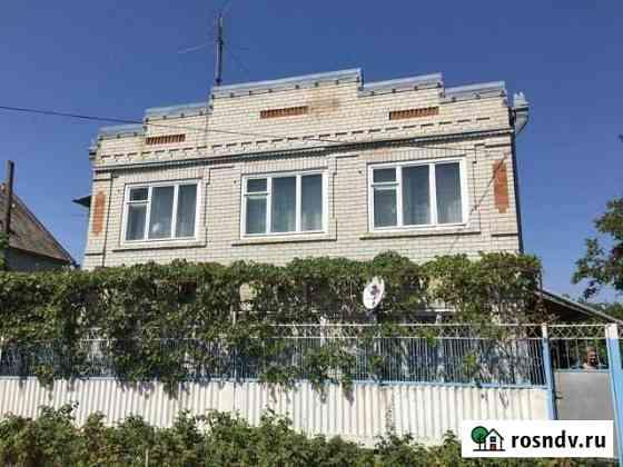 Дом 200 м² на участке 10 сот. Георгиевск