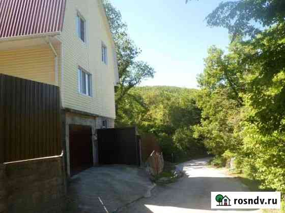 Дом 183 м² на участке 6 сот. Туапсе