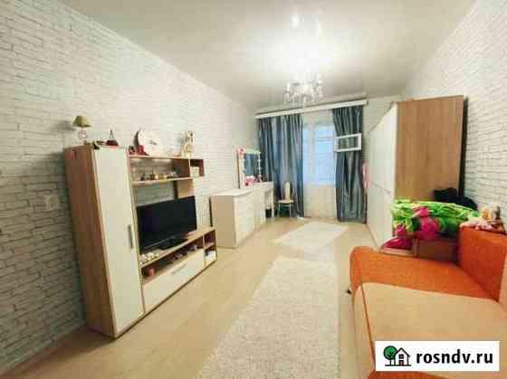Комната 18 м² в 3-ком. кв., 5/5 эт. Санкт-Петербург