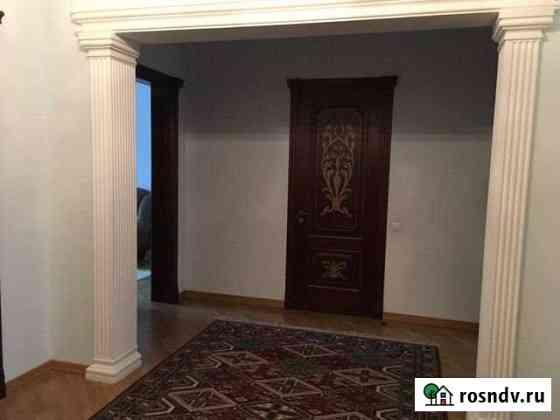 4-комнатная квартира, 123.3 м², 1/4 эт. Махачкала