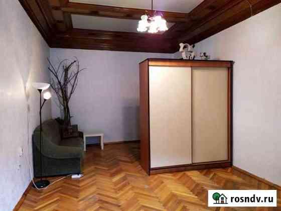 Комната 28 м² в 6-ком. кв., 2/5 эт. Санкт-Петербург