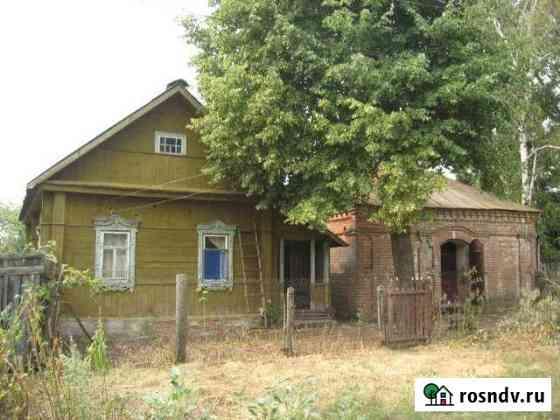 Дом 40 м² на участке 15 сот. Сараи
