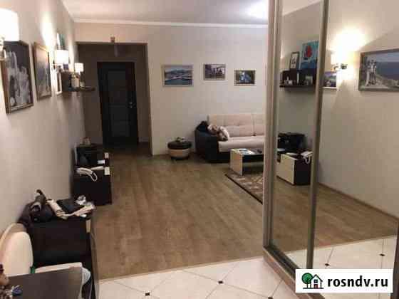 3-комнатная квартира, 108.7 м², 2/6 эт. Ессентукская