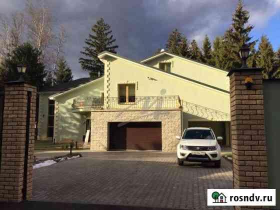 Дом 793 м² на участке 24 сот. Селятино
