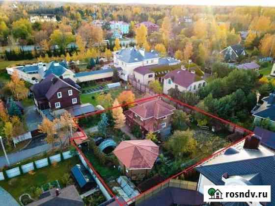 Коттедж 200 м² на участке 11.2 сот. Петергоф