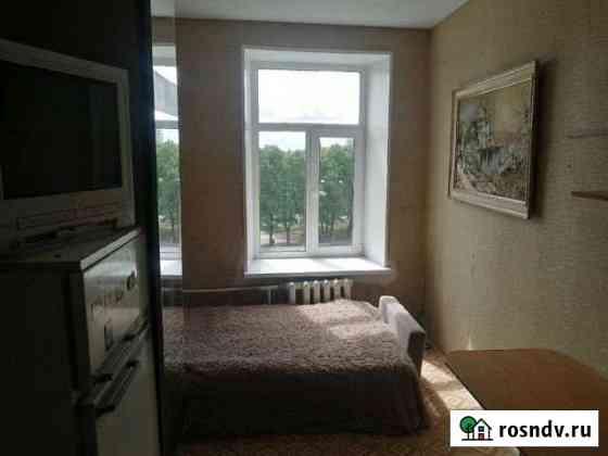Комната 12 м² в 6-ком. кв., 4/4 эт. Санкт-Петербург