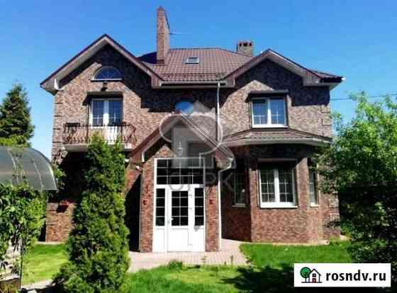 Дом 270 м² на участке 12 сот. Селятино