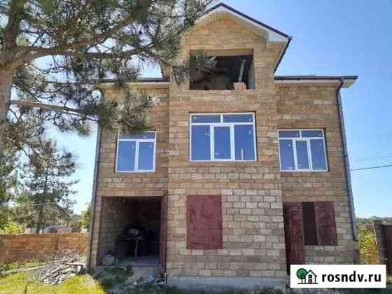 Дом 200 м² на участке 13 сот. Севастополь