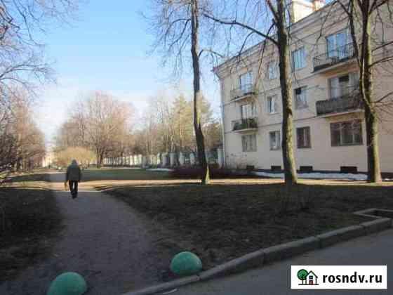 1-комнатная квартира, 37 м², 1/3 эт. Петергоф